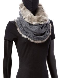 Tory Burch Gray Cable-Knit & Fur Scarf